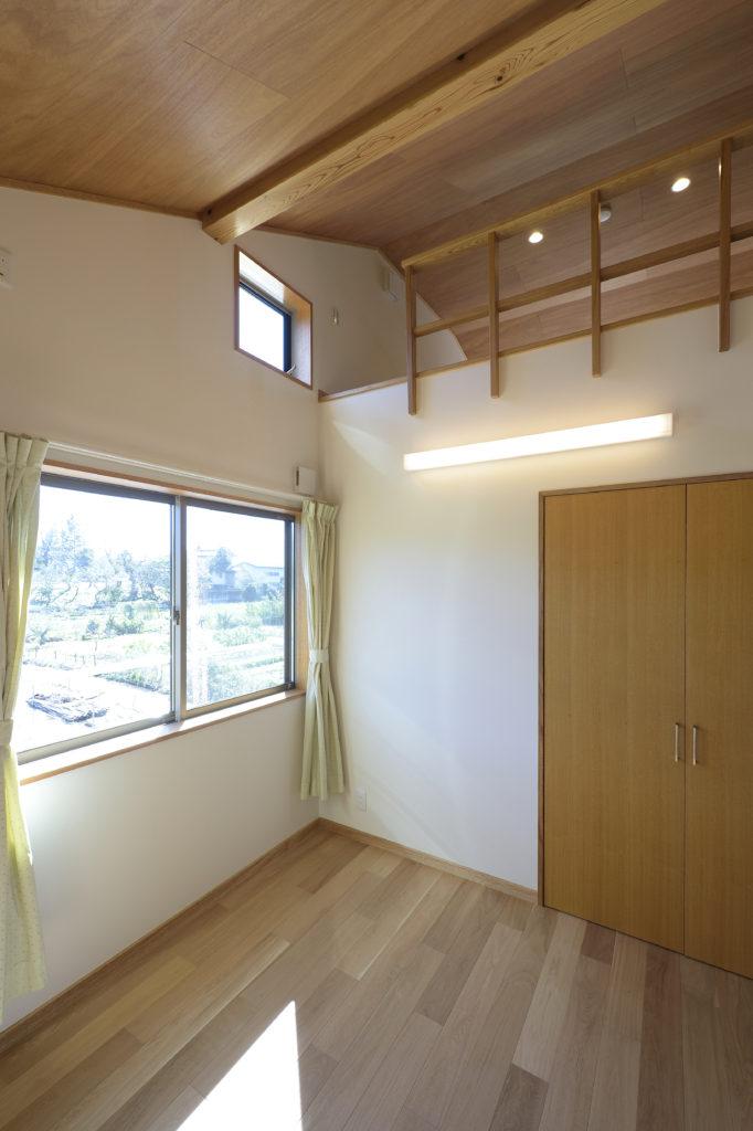 太田市に建つ個性的な家