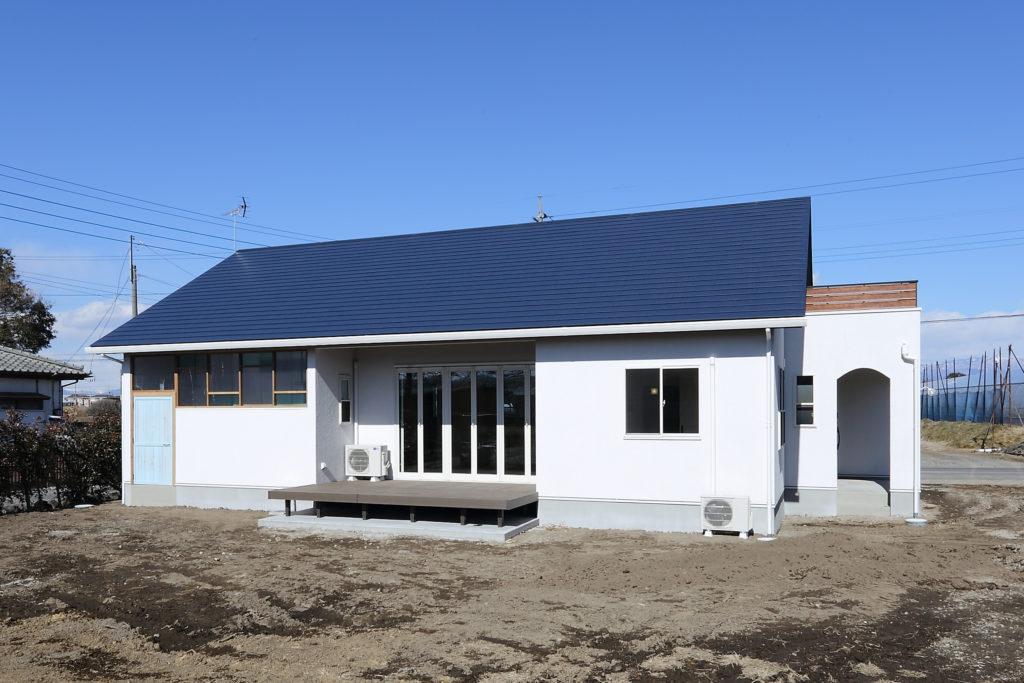 「伊勢崎市」塗り壁 で造る カフェスタイル 注文住宅